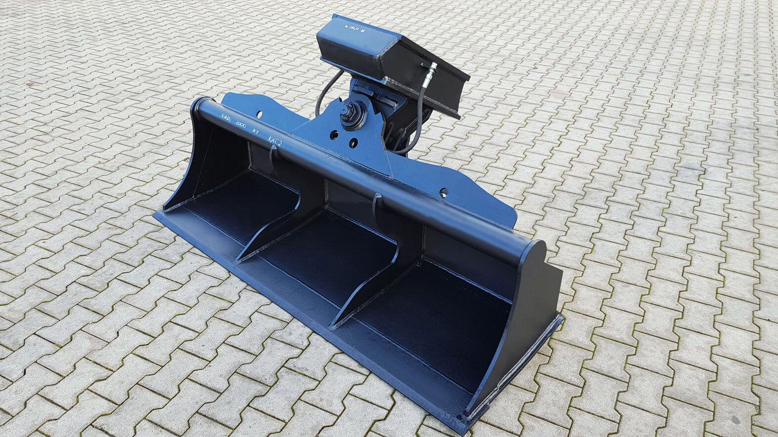 NADO Aufnahme hydraulisch Grabenräumlöffel 2000mm kat 2
