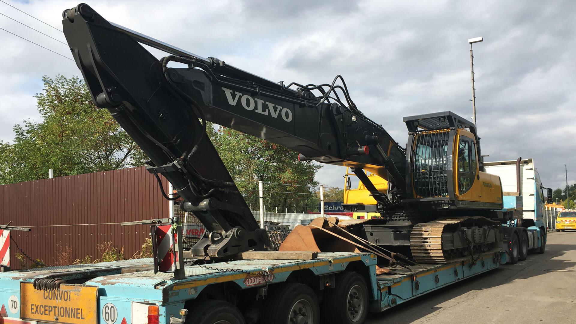 Volvo-EC290-transport