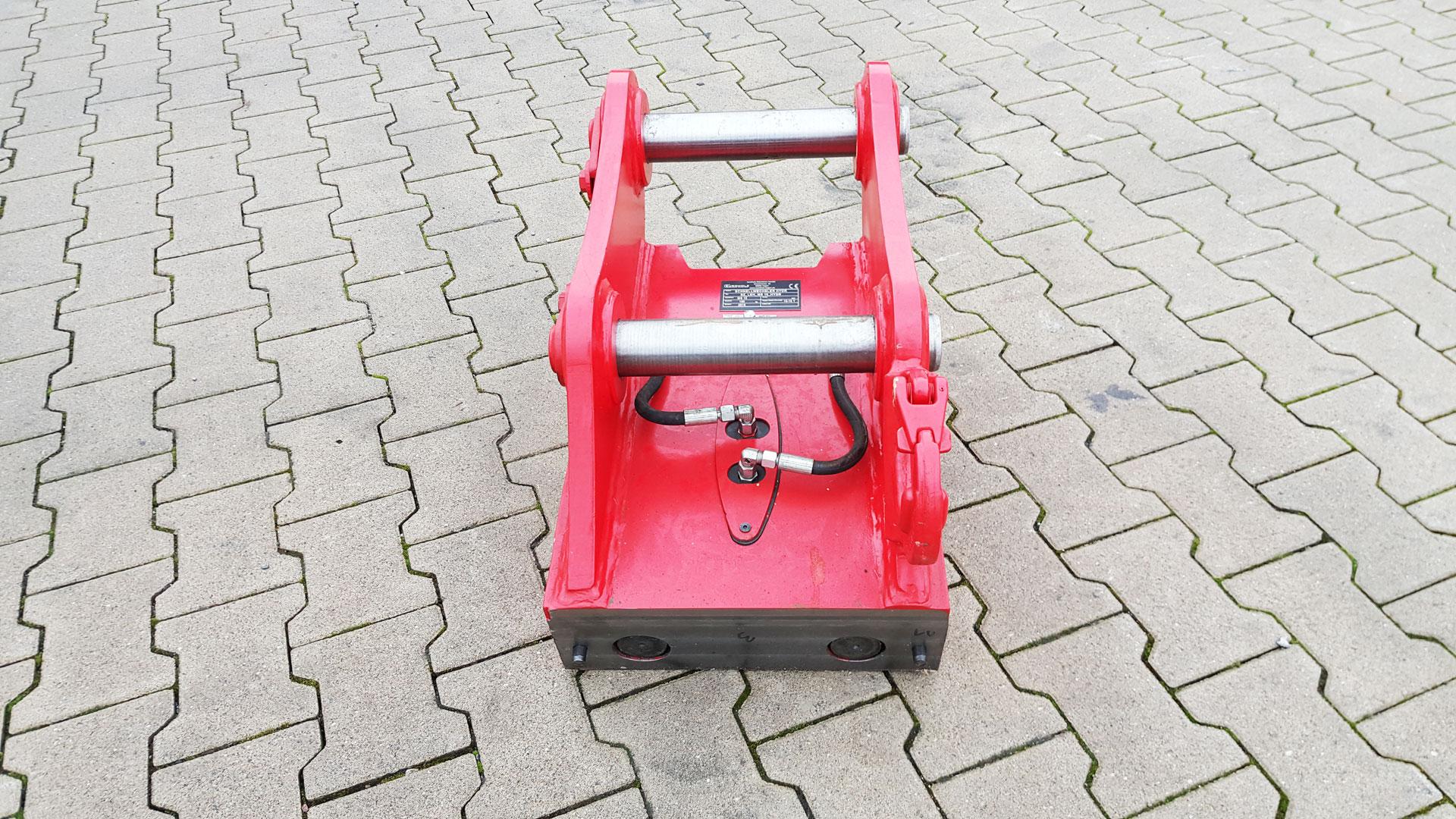Schnellwechsler-hydraulischer-MS10-mit-lasthacken-2