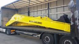 New Holland Long Reach 16m