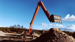 Long Reach Doosan DX530 work 1