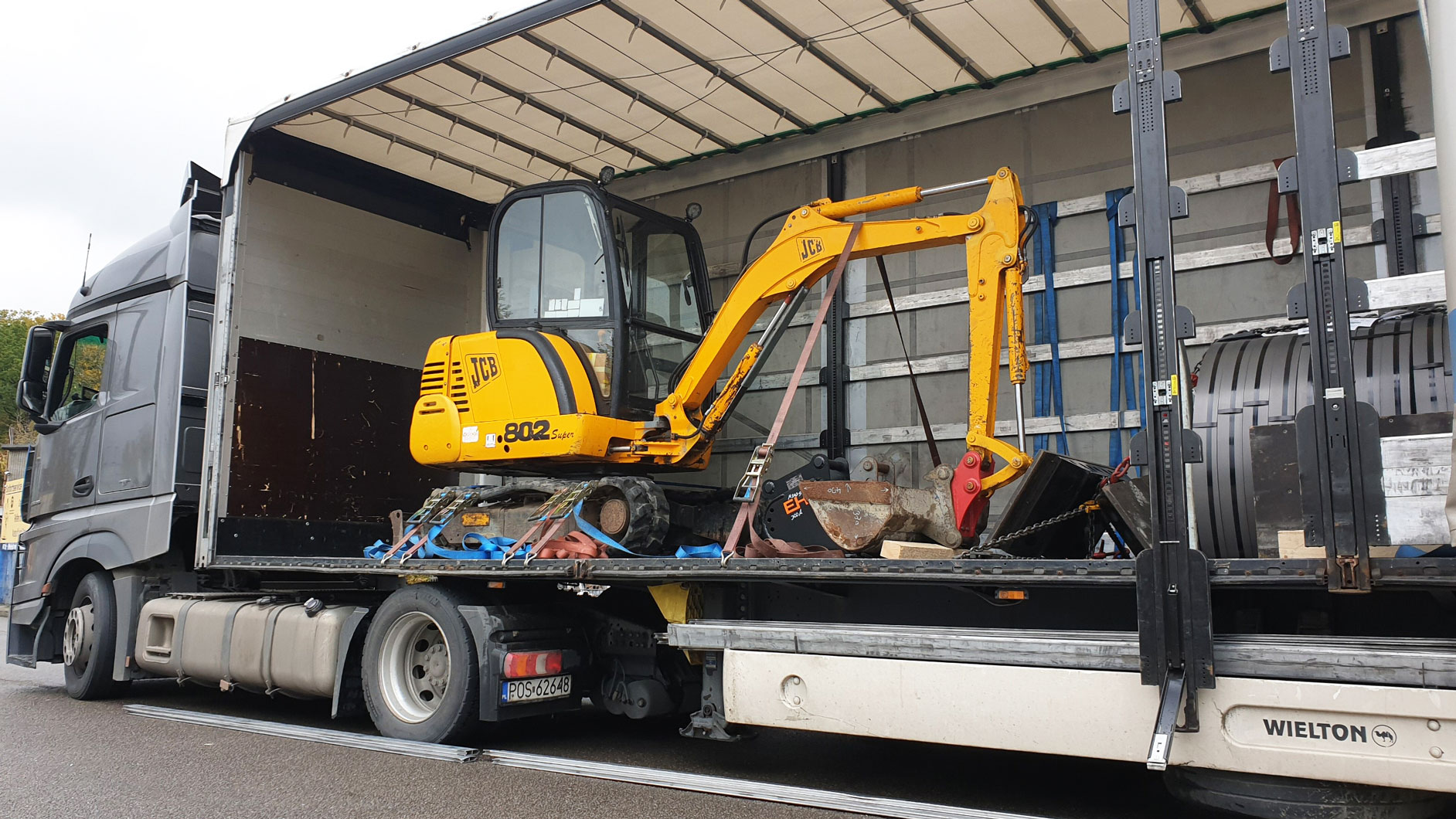 Minibagger JCB 802 JCB802 Lieferung track excavator экскаватор перевозка