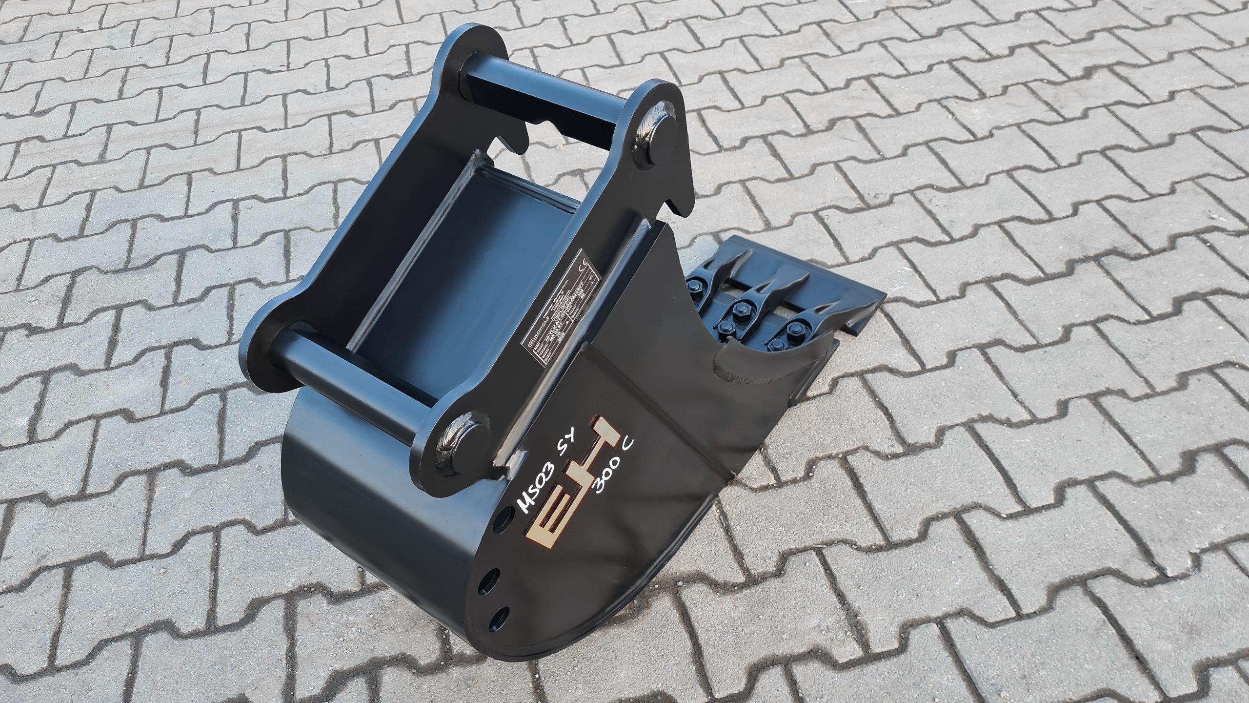 Tieflöffel passend für MS03 SY 400 mm mit Aufsteckmesser C EHTieflöffel mit Aufsteckmesser passend für Lehnhoff MS03 SY 300 mm C EH