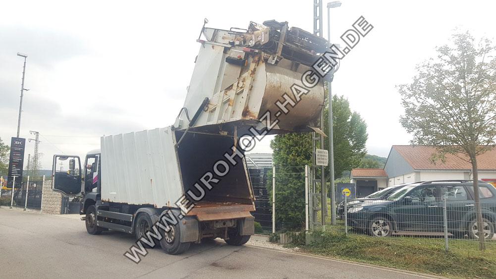 Müllwagen MAN 28.320