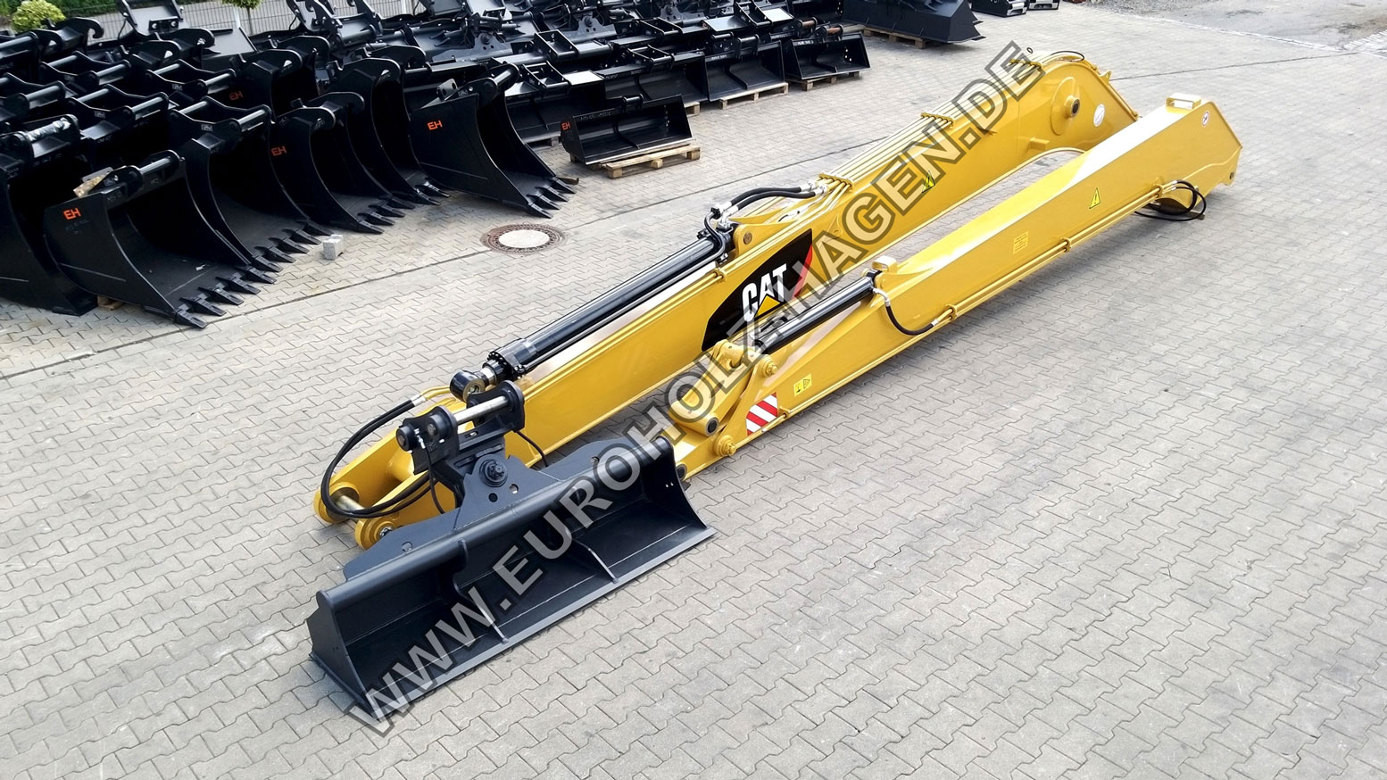 18 m Long Reach for CAT 326F