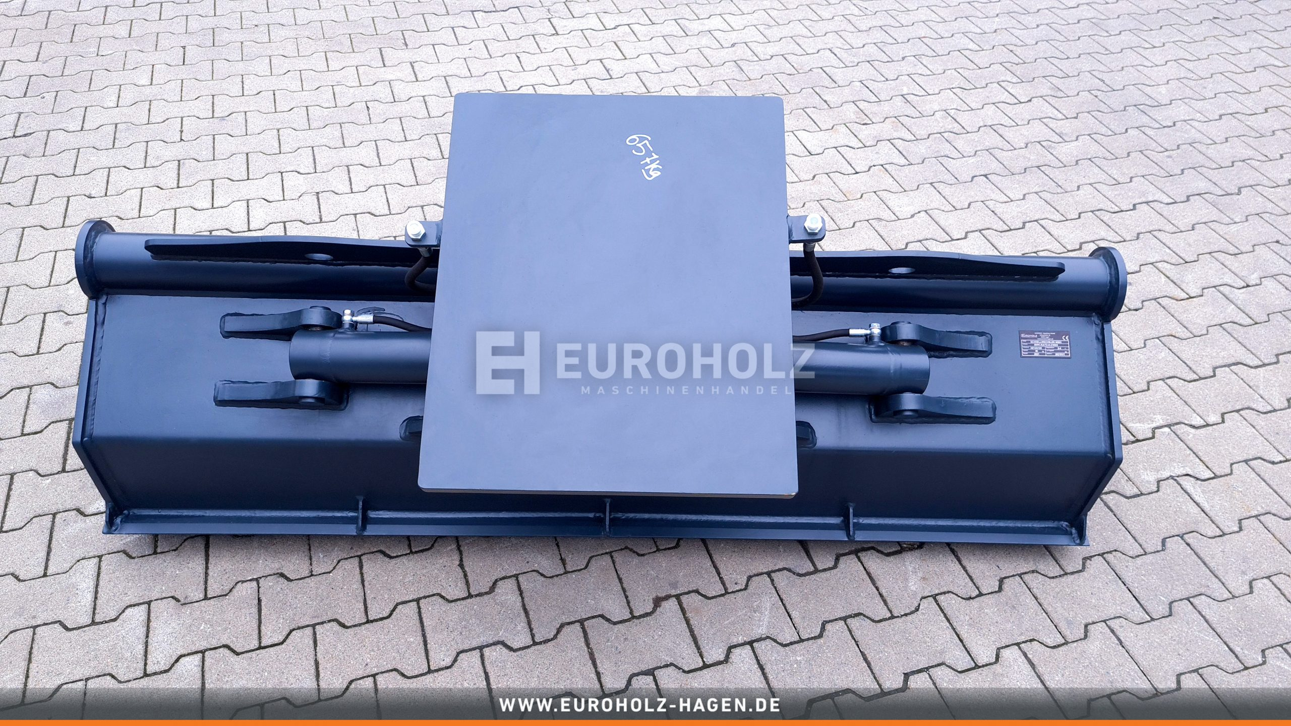Hydraulischer Grabenräumlöffel ohne Aufnahme / 2000 mm / Kat. 3G / mit wendbarem Unterschraubmesse