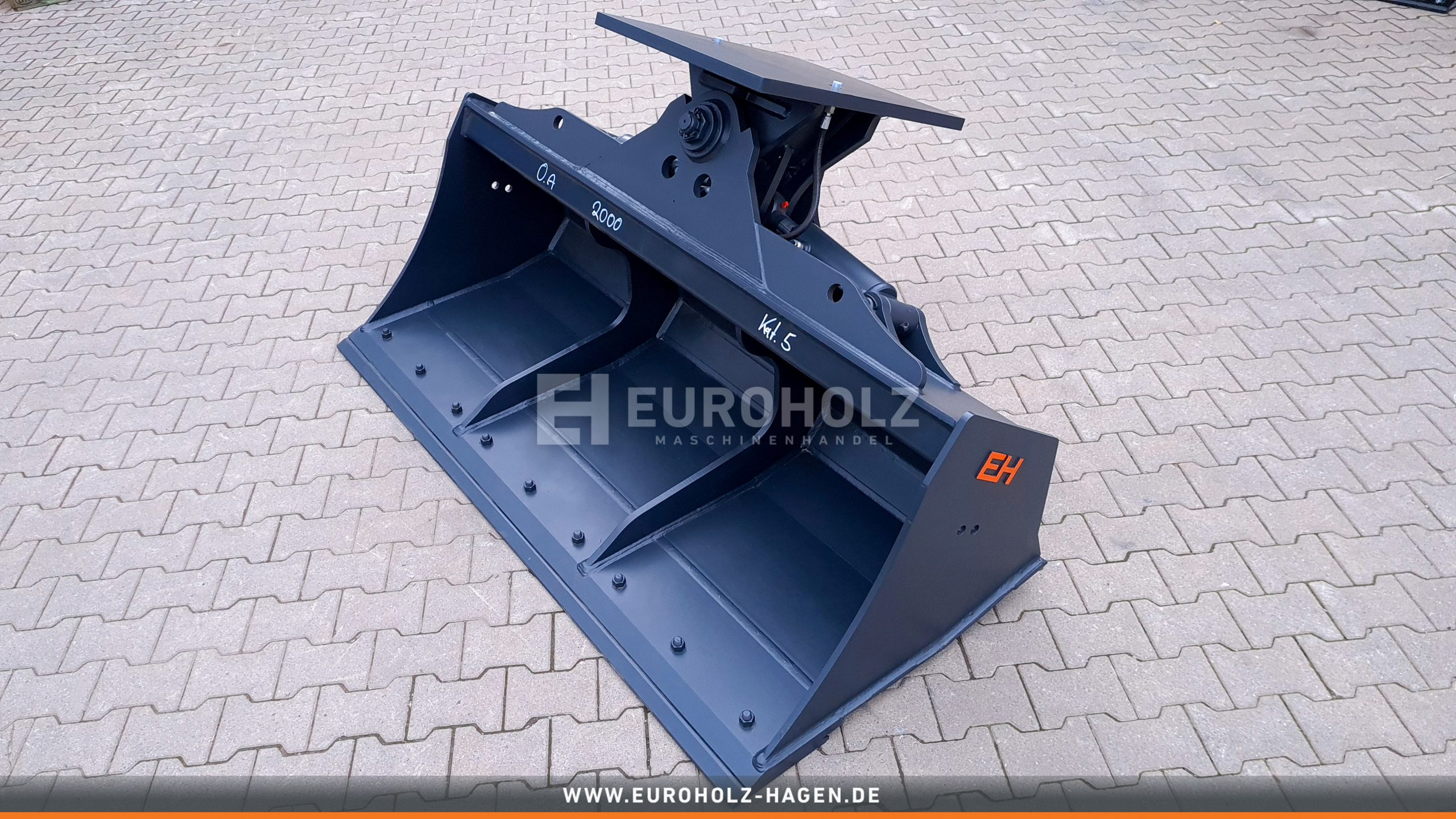 Hydraulic ditch cleaning bucket without adapter / 0200 mm / cat. 5G / with bolt-on cutting edge