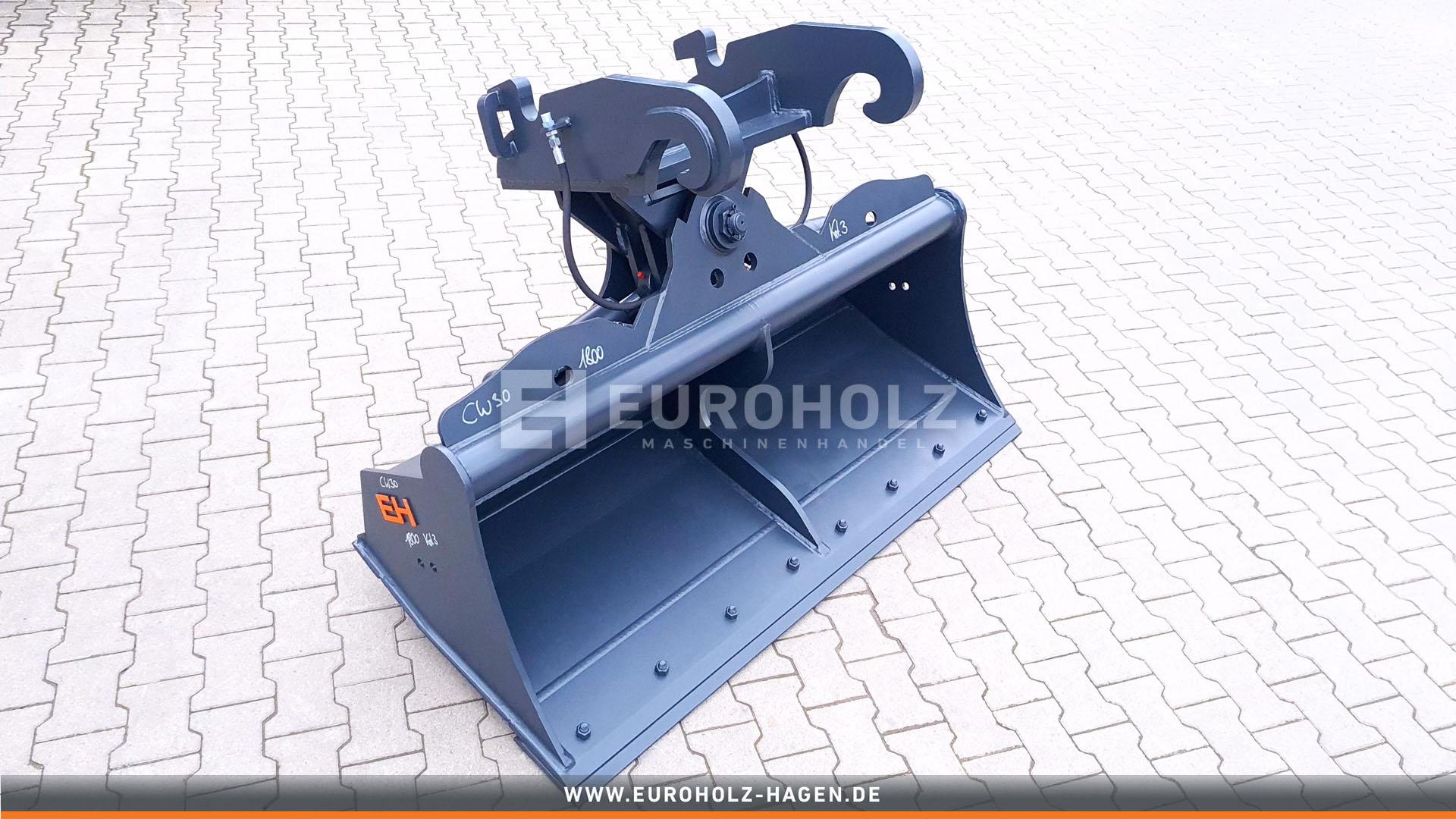 Hydraulischer Grabenräumlöffel passend für Verachtert CW30 / 1800 mm / Kat. 3G / mit Unterschraub-Wendemesser Hydraulic ditch cleaning bucket suitable for Verachtert CW30 / 1800 mm / cat. 3G / with bolt-on cutting edge